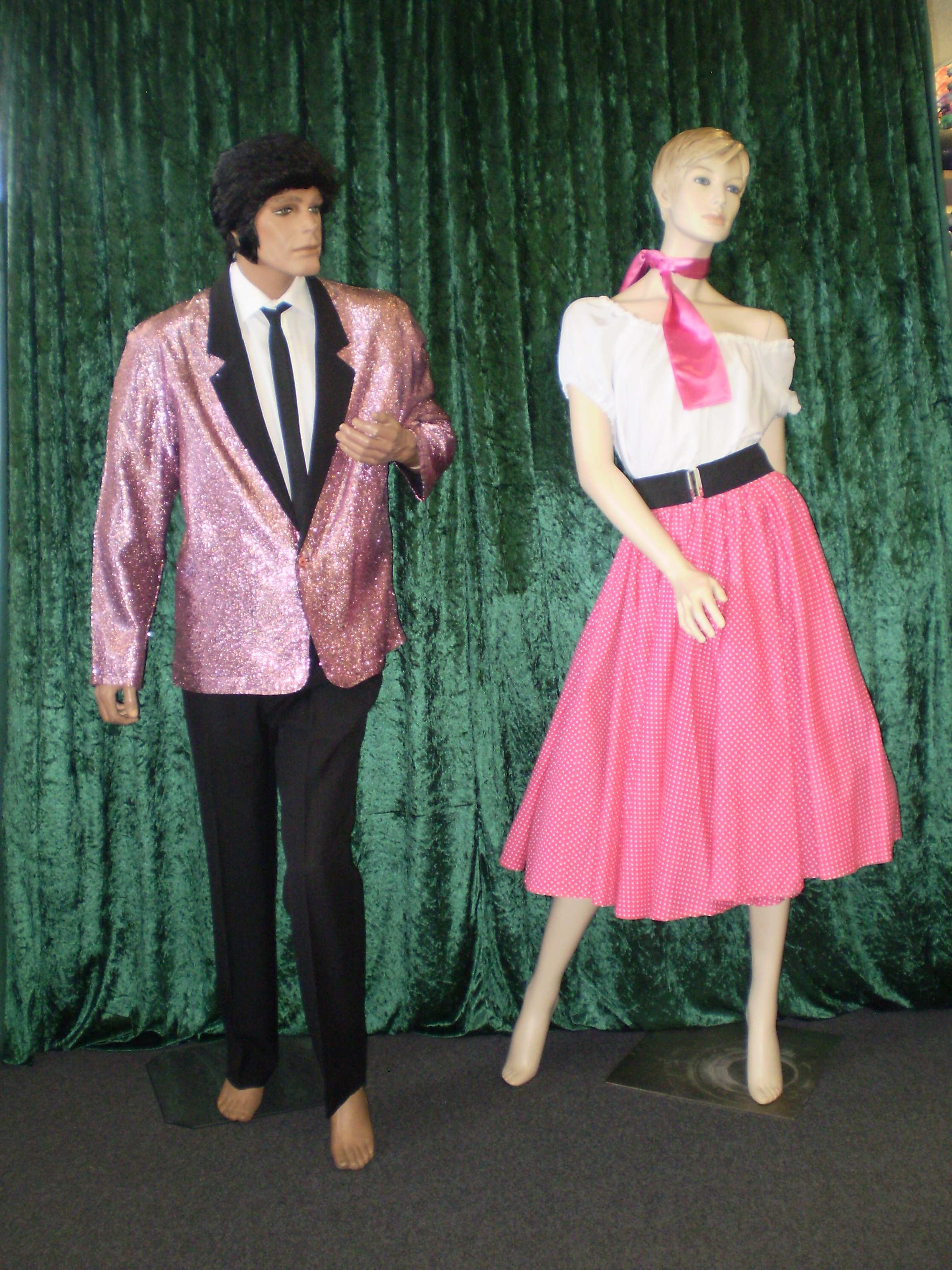 1950s fashion, Rock & Roll or Rockabilly for men and women