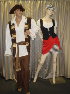 Men' pirate costume with pirate hat, women's short pirate costume