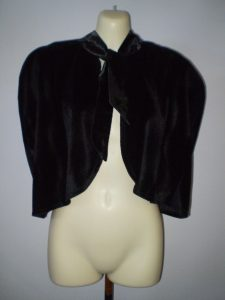 Fur shoulder cape