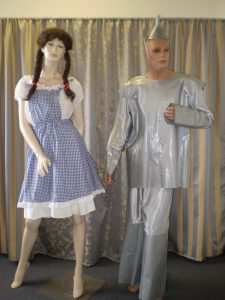 Wizard of Oz costumes Dorothy & Tinman
