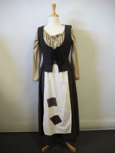 Peasant costume, Old fashioned wench outfit including blouse, vest, skirt & apron.