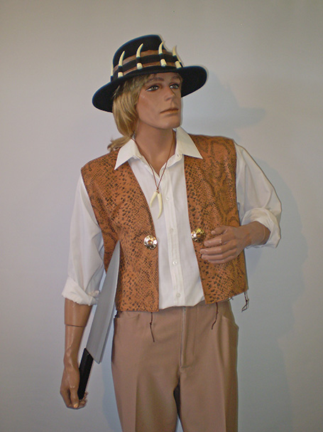 Crocodile Dundee costume, Sydney